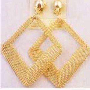 Jewelry - 👑Diamond shape Gold Plated Egyptian Earrings👑